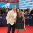 """David Ginola et sa femme Coraline - Avant-première du film """"Everest"""" et soirée d'ouverture lors du 41ème Festival du film américain de Deauville, le 4 septembre 2015."""