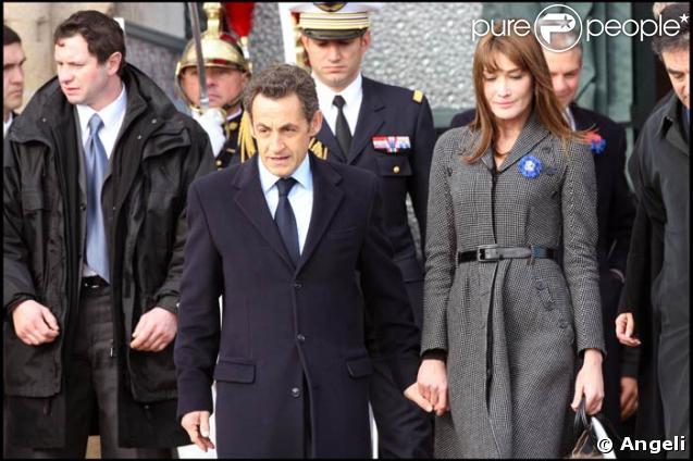 Nicolas et Carla Sarkozy, toujours main dans la main..