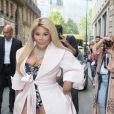 Lil' Kim arrive au Pavillon Cambon pour assister au défilé Ralph & Russo (collection Haute Couture automne-hiver 2016/2017). Paris, le 4 juillet 2016 © CVS-Veeren / Bestimage
