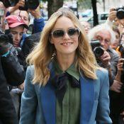 Fashion Week : Vanessa Paradis tout sourire pour honorer l'artisanat Chanel
