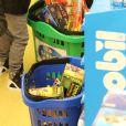 """Exclusif - Nelson et Eddy Angélil, les jumeaux de Céline Dion, se rendent dans le magasin de jouets """"La Grande Récré"""" au centre commercial de Rosny 2 avec leurs trois nounous, leurs deux gardes du corps et leur chauffeur à Rosny-sous-Bois le 27 juin 2016."""