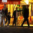 Exclusif - Prix spécial - Nelson et Eddy Angélil, les jumeaux de Céline Dion visitent le Quartier de la Butte Montmartre avec leurs trois nounous, leurs deux gardes du corps et leur chauffeur à Paris le 27 juin 2016.  Exclusive - No Web No Blog - For Germany call for price - Nelson and Eddy Angelil, (Celine Dion twins) visit the area of Montmartre with their three nannies, their two bodyguards and their driver in Paris on 27 June 2016.27/06/2016 - Paris
