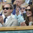 Kate Middleton et le prince William ont assisté à la victoire d'Andy Murray contre Milos Raonic en finale de Wimbledon le 10 juillet 2016 à Londres.