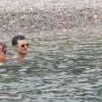 Dakota Johnson et Jamie Dornan (avec sa femme Amelia Warner) dans le sud de la France à Saint-Jean Cap Ferrat le 12 juillet 2016.