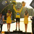 Christopher Froome fête sa victoire dans le Tour de France 2016 sur les Champs-Élysées à Paris le 24 juillet 2016 à l'issue de la dernière étape, remportée par Andre Greipel. © Coadic Guirec / Bestimage