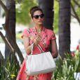 Eva Mendes est allée chez le coiffeur à Los Angeles, le 29 avril 2015.