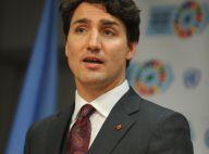 Justin Trudeau : Torse nu à la plage, il s'incruste sur une photo de mariage