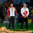Rustam Orujov (Azerbaïdjan), Shohei Ono (Japon), Lasha Shavdatuashvili (Géorgie) et Dirk van Tichelt (Belgique) à la cérémonie de remise des médailles (catégorie 73-kg) à la Carioca Arena 2 lors des Jeux olympiques 2016. Rio de Janeiro, le 8 août 2016.