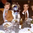 Kenny Baker avec Francis Ford Coppola, Robert Zemeckis, George Lucas, Martin Scorcese, Steven Spielberg et Ron Howard en 2001 à Hollywood