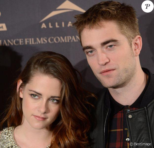 "Kristen Stewart et Robert Pattinson - Photocall du film ""Twilight Saga: Breaking Dawn"" à Madrid. Le 15 novembre 2012"