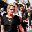 """Kristen Stewart - Montée des marches du film """"American Honey"""" lors du 69ème Festival International du Film de Cannes. Le 15 mai 2016."""