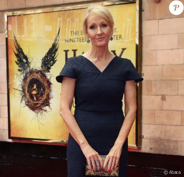 JK Rowling lors de la première mondiale de la pièce Harry Potter and The Cursed Child au Palace Theatre, Londres, le 30 juillet 2016.