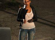 REPORTAGE PHOTOS : Beyoncé, nous apprend le maniement du... cigare !