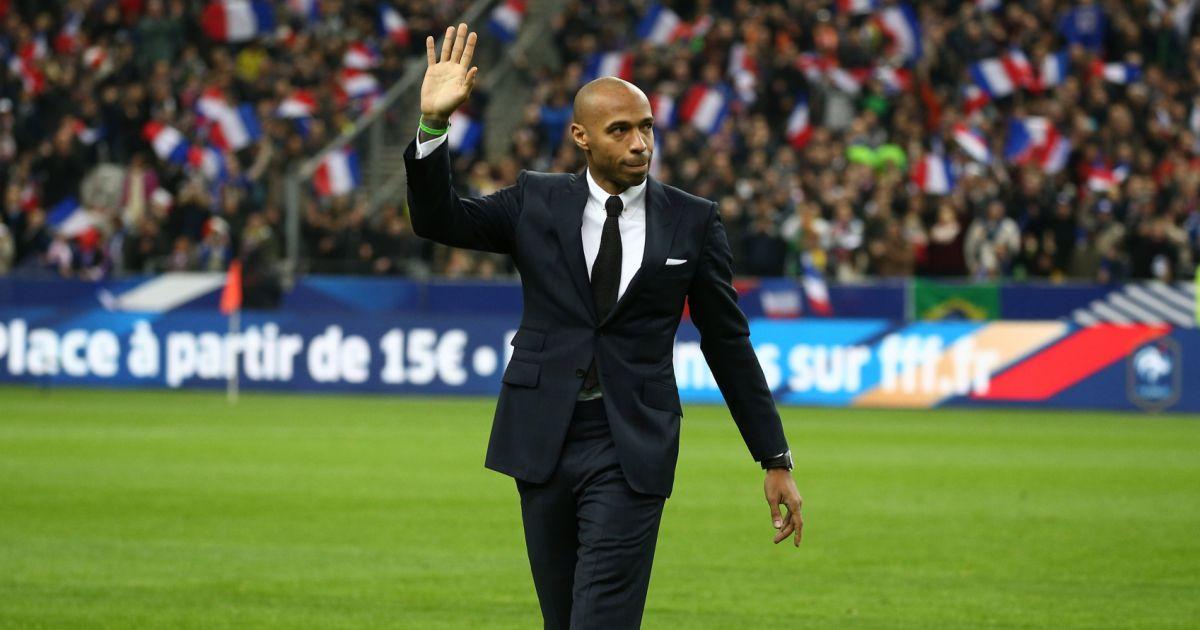 Thierry henry lors de l 39 hommage des anciens bleus vainqueurs de la coupe du monde 1998 au match - Vainqueurs coupe du monde ...