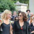 Nathalie Rykiel (fille de Sonia Rykiel) ses filles Lola, Tatiana et Salomé Bursteinlors des obsèques de Sonia Rykiel au cimetière de Montparnasse à Paris, le 1er septembre 2016.