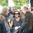 Elie Chouraqui et Ruth Elkrieflors des obsèques de Sonia Rykiel au cimetière de Montparnasse à Paris, le 1er septembre 2016.