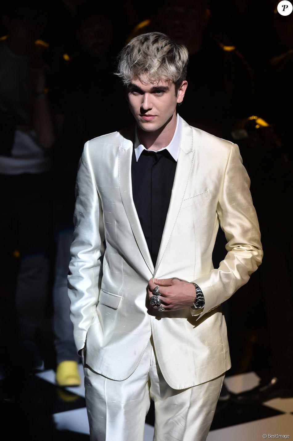 8d49d1c73a Gabriel-Kane Day-Lewis - People au défilé de mode hommes Dolce & Gabbana  collection prêt-à-porter Printemps-Eté 2017 à Milan, le 18 juin 2016.