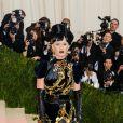 """Katy Perry à la Soirée Costume Institute Benefit Gala 2016 (Met Ball) sur le thème de """"Manus x Machina"""" au Metropolitan Museum of Art à New York, le 2 mai 2016. © Christopher Smith/AdMedia via ZUMA Wire/Bestimage"""