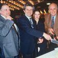 Claude-Jean Philippe, né Claude Nahon, avec Claude Lelouch et Pierre Tchernia en avril 1990 à Paris lors de la première du film Il y a des jours et des lunes. L'animateur du Ciné-Club sur la Deux et du Cinéma des cinéastes sur France Culture est mort à 83 ans le 11 septembre 2016.