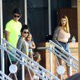 Kourtney Kardashian, ses enfants Penelope, Mason et Reign et Jonathan Cheban à Miami, le 15 septembre 2016.