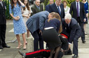 Kate Middleton, belle bleue dans l'Essex, regarde William jouer les sauveteurs