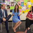 Kate Middleton et le prince William lors d'une réunion au cours de leur visite à la Stewards Academy à Harlow, dans l'Essex, le 16 september 2016 pour continuer de soutenir la campagne Heads Together en faveur du bien-être mental des jeunes.