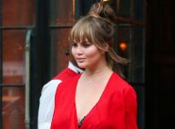 Chrissy Teigen : Adorable photo à la maternité et un joli changement de look