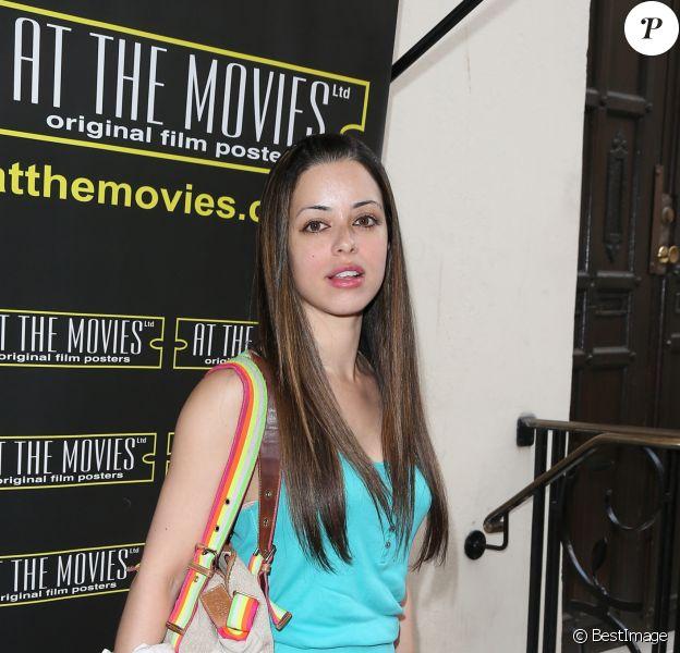 """Tina Barrett lors de l'inauguration de la boutique """"At The Movies"""" a Londres, le 4 juillet 2013."""