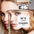 Lily-Rose Depp, ambassadrice du parfum N°5 L'Eau de Chanel.