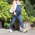 Olivia Wilde très enceinte se promène dans les rues de New York, le 23 septembre 2016