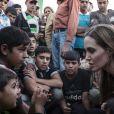 Angelina Jolie dans un camp de réfugiés syriens en juin 2013.