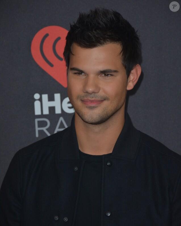 Taylor Lautner à la soirée Festival de musique iHeartRadio au T-Mobile Arena à Las Vegas, le 24 septembre 2016 © Marcel Thomas via Zuma/Bestimage