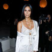 Kim Kardashian : Braquée et ligotée à Paris par de faux policiers