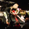 Exclusif - La chanteuse Isabelle Aubret fait ses adieux sur la scène de l'Olympia à Paris le 3 octobre 2016. La chanteuse, interprète inoubliable d'Aragon et de Jean Ferrat, qui ne veut pas faire le spectacle de trop, a décidé de saluer une dernière fois Paris avant d'aller remercier la France pour sa fidélité. © Coadic Guirec/Bestimage03/10/2016 - Paris