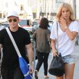 Kevin Connolly et sa compagne Sabina Gadeck se rendent dans un centre médical à Beverly Hills, le 15 septembre 2015 Couple Kevin Connolly and Sabina Gadecki stop by a doctors office in Beverly Hills, California on September 15, 2015.15/09/2015 - Beverly Hills
