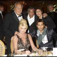 Ivana Trump et John David avec Massimo Gargia, Samy Naceri et son fils Julian à la soirée des Best 2008
