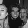 Audrey Lamy, Chloé Jouannet, Zacharie Chasseriaud et Alexandra Lamy posent en famille sur Instagram - 2 septembre 2016