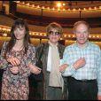 Marie entourée de ses parents Jean-Louis et Nadine Trintignant, à Paris le 1er mai 1999.