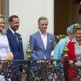 La princesse Mette Marit, le prince Haakon, Marius Borg Hoiby , la princesse Astrid, la reine Sonja lors de la garden party du jubilé des 25 ans de règne du roi Harald V de Norvège à Trondheim le 23 juin 2016.