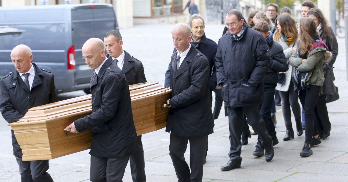 Jean pierre pernaut paul par sa femme et ses enfants for Jean dujardin et ses enfants