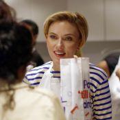 Yummy Pop : Scarlett Johansson enfin là, foule énorme pour son pop-corn à Paris
