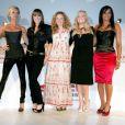 Victoria Beckham, Mel C, Geri Halliwell, Emma Bunton et Mel B alias les Spice Girls à Londres le 28 juin 2007