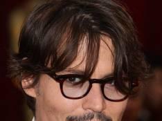 Johnny Depp sera... Roger Moore !