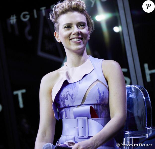 Scarlett Johansson pétillante lors de l'événement Ghost In The Shell à Tokyo, le 13 novembre 2016
