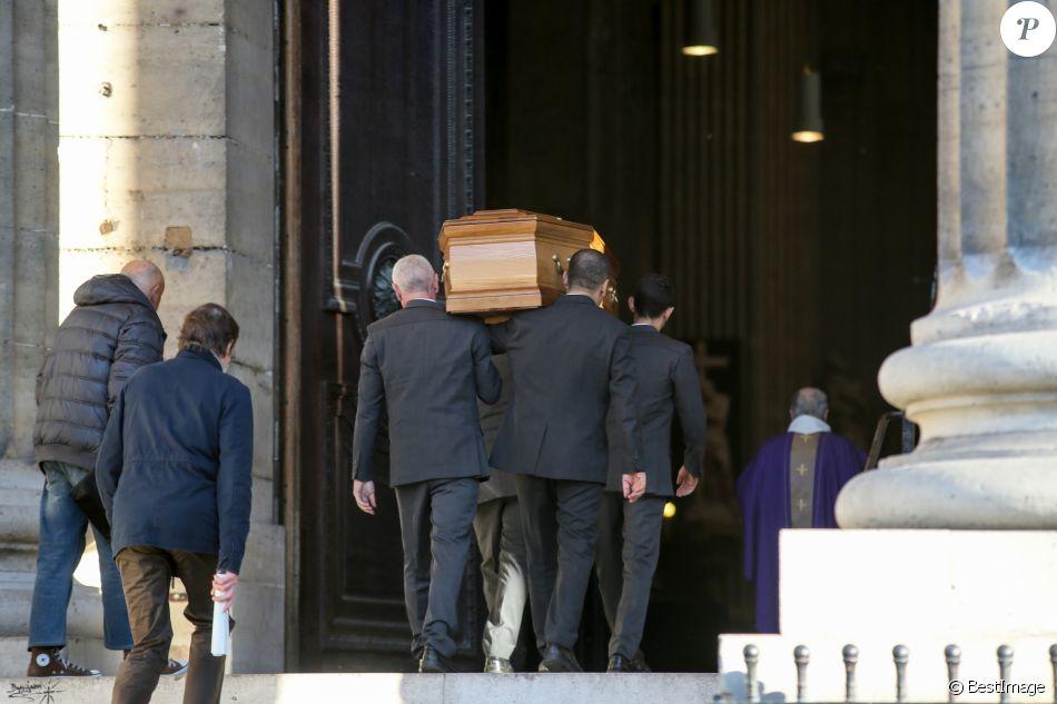 Obsèques de Claude Imbert en l'église Saint-Sulpice à Paris, le 29 novembre 2016.