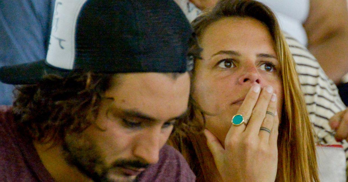 Laure manaudou et son compagnon j r my fr rot du groupe fr ro delavega dans les tribunes du - Compagnon de laure manaudou ...