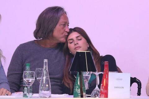Gigi et Bella Hadid : Leur père Mohamed, à Paris avec sa jeune fiancée
