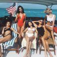 Hailey Baldwin, Emily Ratajkowski, Bella Hadid, Elsa Hosk et Rose Bertram à Norman's Cay, près de Nassau, capitale de l'île des Bahamas. Décembre 2016.
