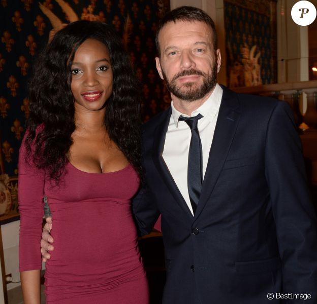 """Samuel Le Bihan et sa compagne Daniela Beye - Gala de charité annuel de la """"Maud Fontenoy Foundation"""" à l'hôtel Bristol à Paris, le 4 juin 2015."""