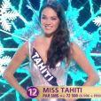Miss Tahiti   : Vaea Ferrand -   Les cinq finalistes défilent en tenue de fée de Noël.   Concours Miss France 2017. Sur TF1, le 17 décembre 2016.